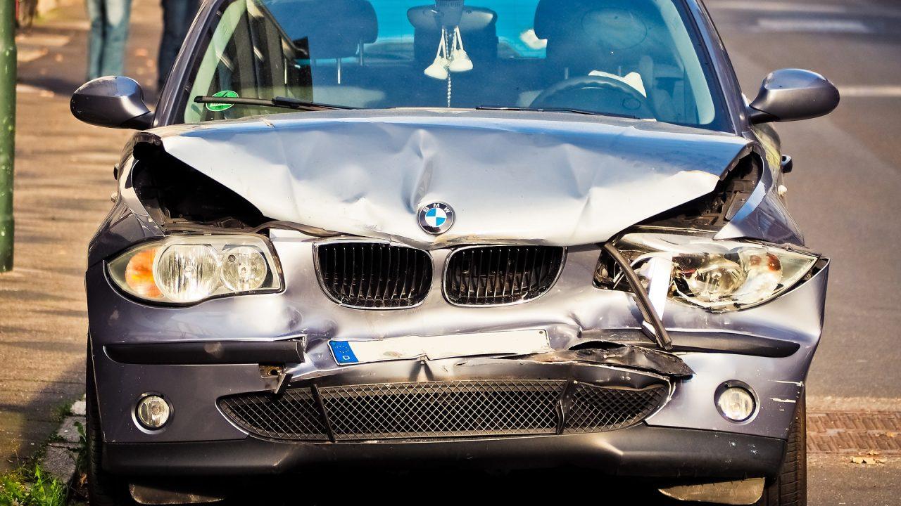 自動車事故に備えた保険加入